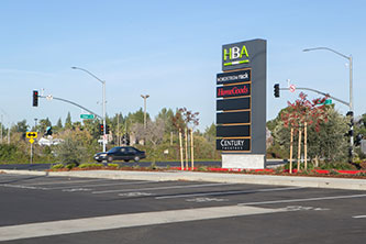 Howe 'Bout Arden Signaled Intersection